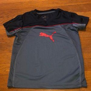 Puma boys T-shirt size 5